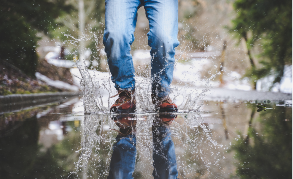 Best Waterproof Sneakers Has The Answer To Everything in 2021